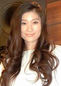 アラフォー女優でダントツ 篠原涼子はなぜウケる?