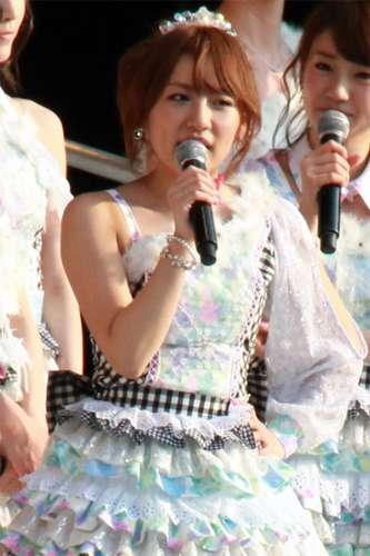 AKB48高橋みなみ、篠田麻里子に泣き顔を晒される→ファン「美しいみなみちゃん」ww