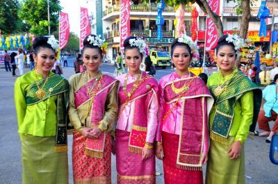 タイ人「日本の最新ファッションが最先端すぎるwww」
