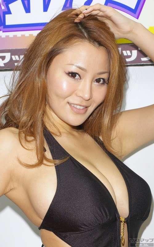 ほしのあきらにペニオク記事依頼したグラビアタレント・松金ようこ、グラドル仲間のブログに登場!