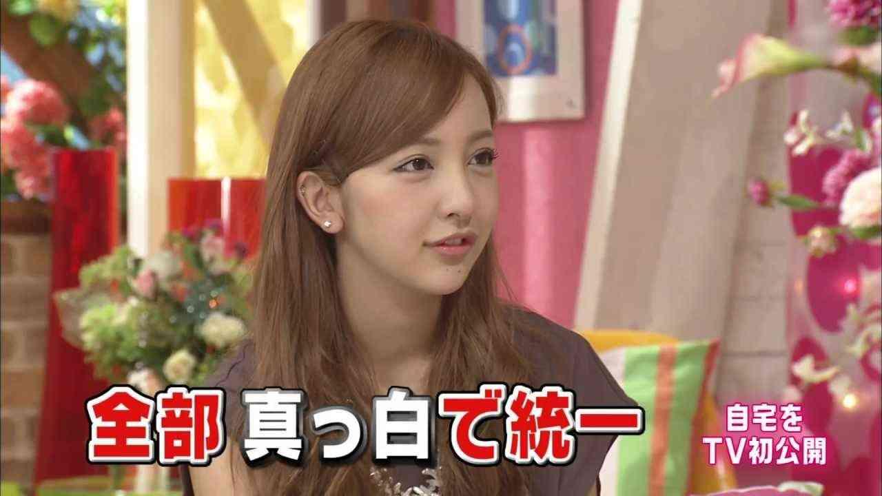 AKB48 板野友美 メレンゲの気持ち 2013-07-13 - YouTube