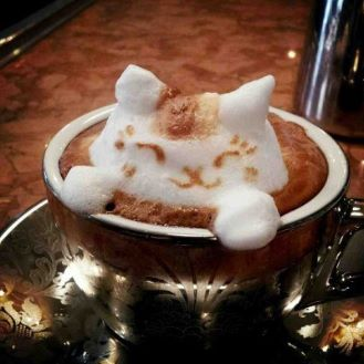 コーヒーでわかるアノ人の性格「カフェラテ=八方美人」「ブラック=単刀直入」