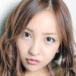 AKB48板野友美、地元の友達と遊ぶ姿が完全にDQNと話題に - NAVER まとめ