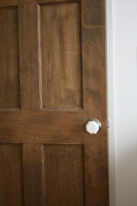 矢口真里の元夫・中村昌也、「寝室のドアが開けられなくなった?」との質問に沈黙