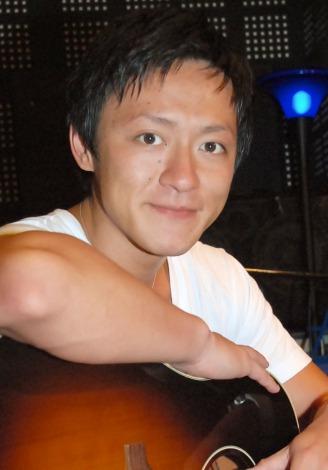 浜崎あゆみの元カレ・マロこと内山麿我「アーティストのバックダンサーは死んでもやらない」宣言!
