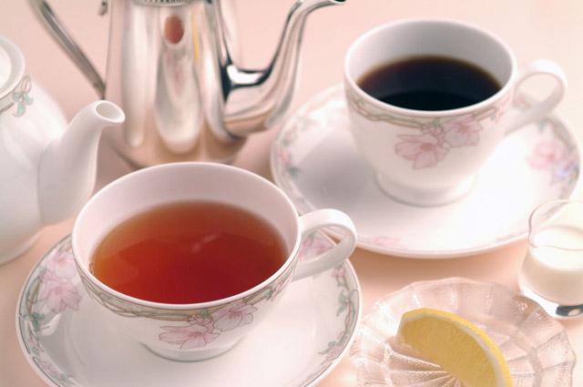 コーヒー・紅茶好きの性格の違いとは? コーヒー好きは紅茶好きより出世するらしい