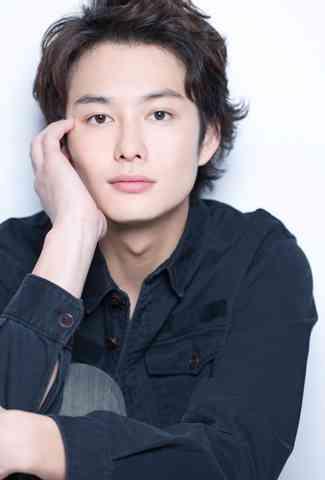 【女子受けNo.1】外国人風なかわいい岡田将生の髪型♪の画像