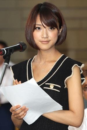 オリンピック、東京開催決定の瞬間の竹内由恵アナの喜び方をご覧ください