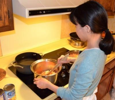 「料理上手だと思う男性芸能人」1位は速水もこみち | ガールズ ...