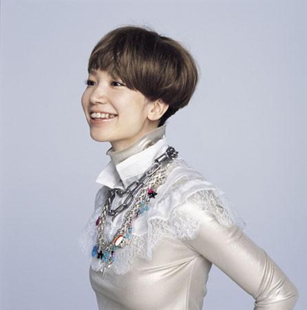 YUKI. ショートヘアが素敵な有名人の画像