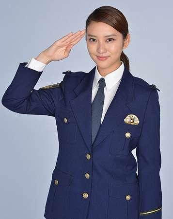 武井咲、20代初主演ドラマで新米刑事役に挑戦 来年1月スタートの「戦力外捜査官」、脚本は鴻上尚史氏