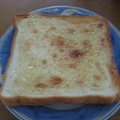 ジャンクだけど美味しい!マヨ砂糖トースト by kaorita [クックパッド] 簡単おいしいみんなのレシピが161万品