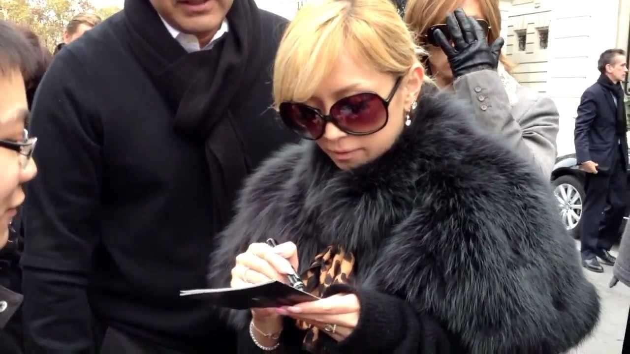 2012/11/16 - Ayumi Hamasaki in Paris #1 - YouTube