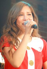 河西智美、初ソロライブで感涙「みなさんが私の力です」   ニュース-ORICON STYLE-