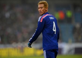 本田のミラン移籍が成立、1月3日に合流へ…背番号10のユニも販売開始 – サッカーキング