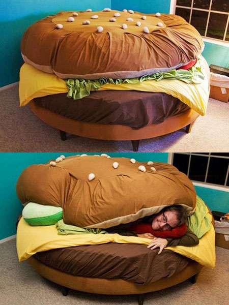 立ったまま寝ることができる人類を堕落させる為に生まれたようなベッドが登場www