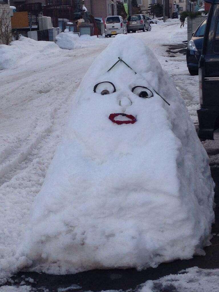 声優・宮野真守さんに似ている雪だるまが怖いww