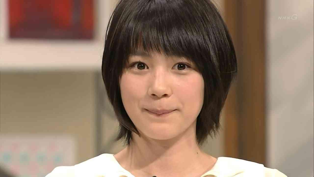 能年玲奈、かわいいメガネ姿をブログで披露