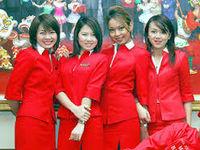 エアアジア美人客室乗務員の画像【真っ赤な制服に興奮しすぎてヤバイ】 - NAVER まとめ