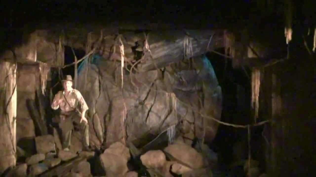 インディ・ジョーンズ・アドベンチャー クリスタルスカルの魔宮 高画質 - YouTube
