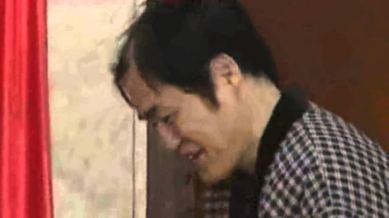 女若手芸人の巨乳を平気で揉む 三浦マイルド - YouTube