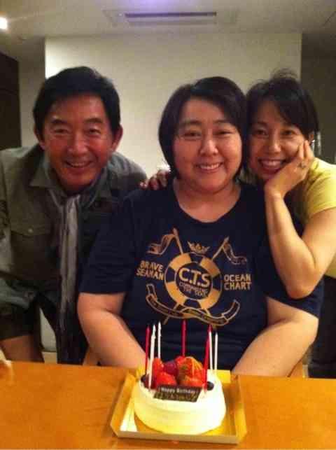 石田純一と妻・東尾理子が別居?石田は報道を否定