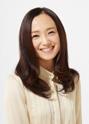 「年齢の割に若いと思う芸能人」永作博美が1位に - ライブドアニュース