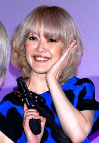 元オセロの松嶋尚美が第2子出産「元気すぎる女の子が産まれました」