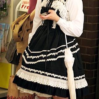 おしゃれかもしれないけれど、無条件に引いてしまう女子のNGファッション1位「ゴスロリ」 - Ameba News [アメーバニュース]