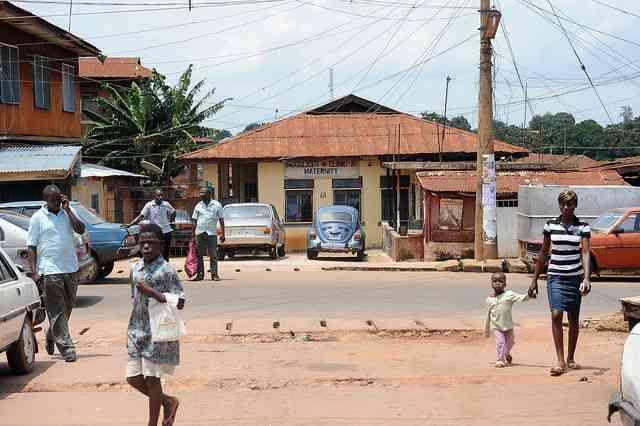 「赤ちゃん製造工場」から少女16人救出、ナイジェリア - ライブドアニュース