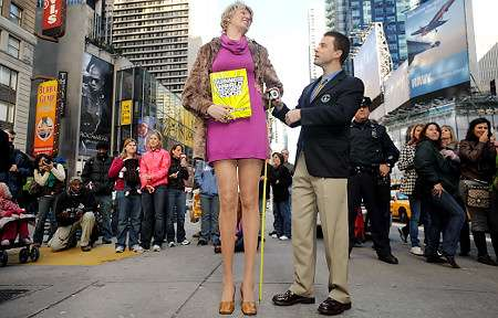 世界のトップモデルたちの脚が長すぎる!