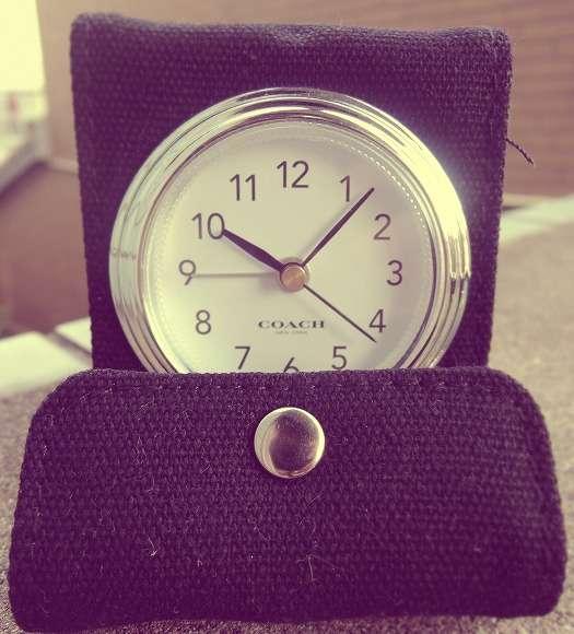 【衝撃】彼氏からプレゼントされたCOACHの時計を質屋に売ろうとしたら「これ雑誌の付録です」と言われた件 | Pouch[ポーチ]