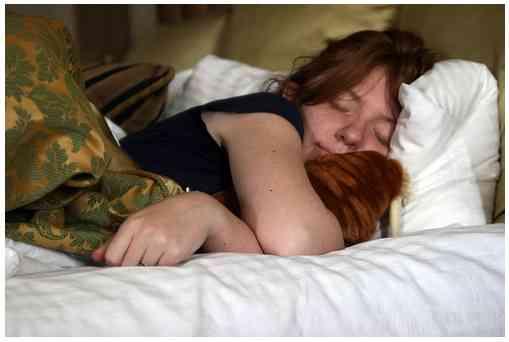 身体的痛みの回復には10時間睡眠がベストだと判明。鎮痛剤より効果大