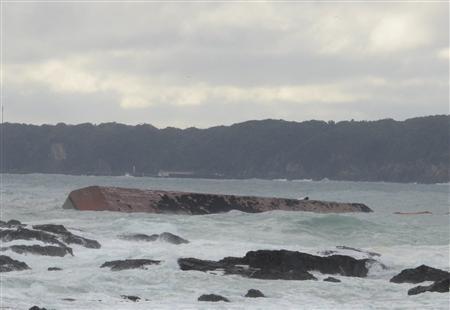 韓国船籍タグボート座礁 台船から1・9キロにわたり油流出 和歌山県沖 - MSN産経west