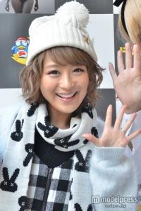 婚約中の鈴木奈々、年内入籍間に合わず - モデルプレス