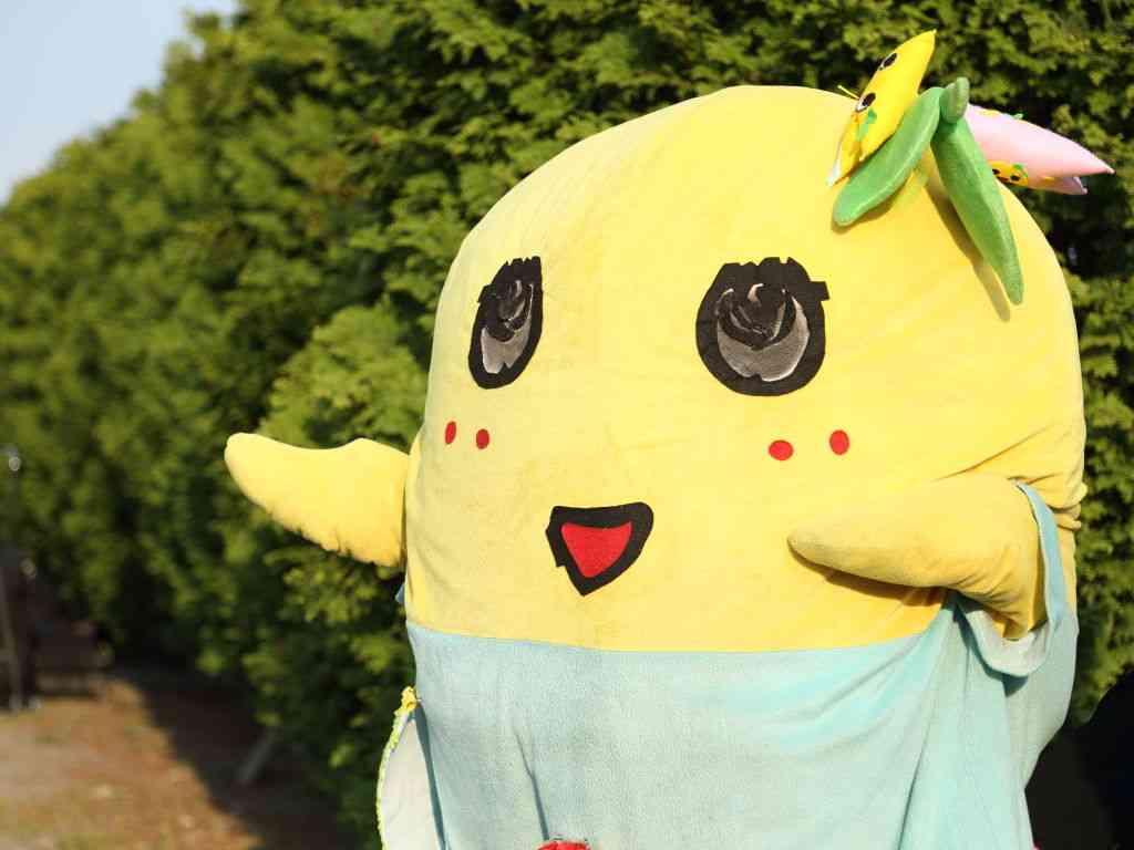 カラオケルーム歌広場の「ふなっしールーム」がヒャッハーすぎる 梨汁ブッシャーシェイクも