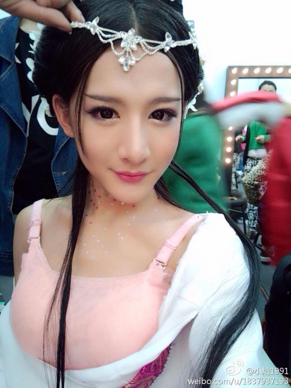"""中国で """"絶世の美女"""" が発見される → 男だったww"""