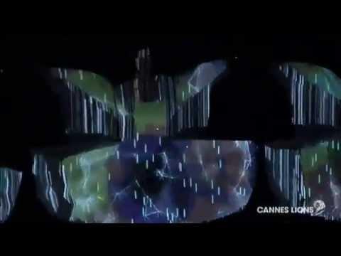 カンヌPerfumeパフォーマンス - YouTube