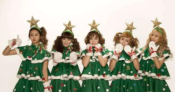またパクリ疑惑! 韓国アイドルのクリスマス衣装が『ももいろクローバーZ』と激似だと話題 /韓国でも激しい非難 | ロケットニュース24