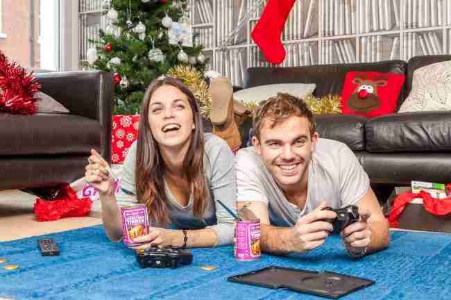 「クリスマスをゲーム機と過ごす人用」のクリスマスディナー缶詰が登場ww