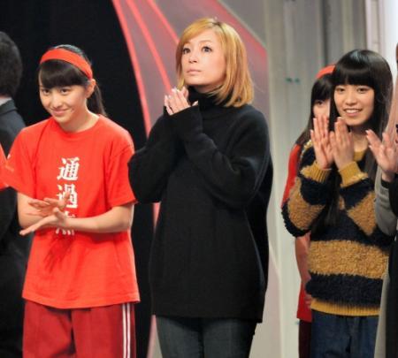 浜崎あゆみ、フィアンセ同伴で紅白リハーサル参加 滞在わずか10分