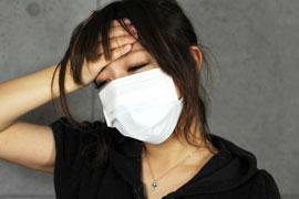 職場でインフルエンザをうつされた!感染源の「同僚」に損害賠償を請求できる?