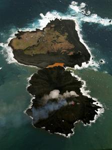小笠原の新島、隣の西之島とつながった 上空から確認:朝日新聞デジタル