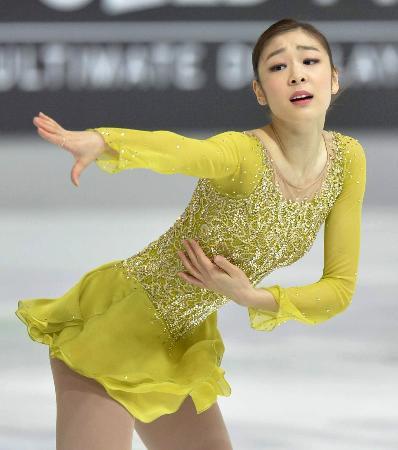 キム・ヨナが1位発進、しかし衣装は日韓で酷評「たくあんか?」 - ライブドアニュース