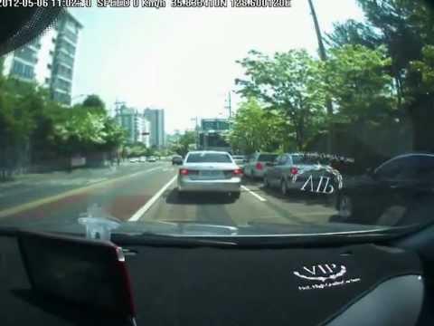 怖い韓国車 - YouTube