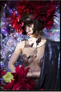大島優子、超・刺激的セクシーショットを公開 - モデルプレス