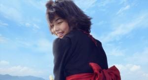 実写映画『魔女の宅急便』 空飛ぶキキの笑顔に胸キュン! 待望の新画像が到着 - 映画 - ニュース - クランクイン!