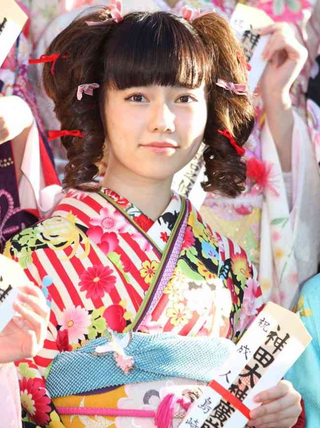 成人式 髪型 成人式 髪型 芸能人 : AKB48島崎遥香、成人式で見せた ...