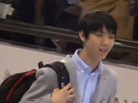 羽生結弦、帰国時の「荷物」に驚きの声 - 動画 - Yahoo!映像トピックス