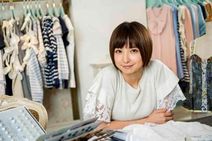 「大人気だったはずが…」アパレルビジネスに乗り出した篠田麻里子の大誤算